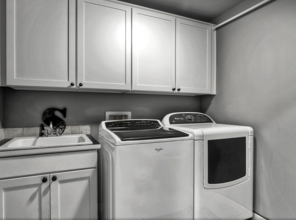 laundry room in homes for sale in puyallup wa